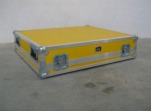 Allen & Heath GL 3300 - 832 Mischpult Flightcase