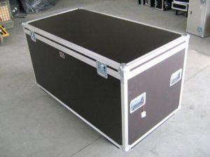 Flightcase 130L 65H 65T inkl. Schaumstoff u Rollen